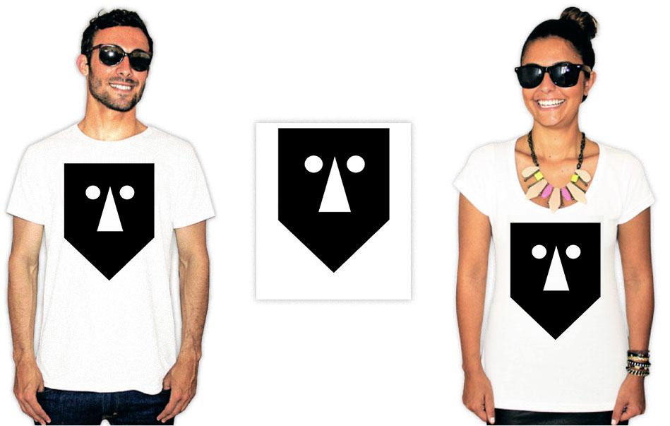 Camiseta com estampa do baiana system mascara
