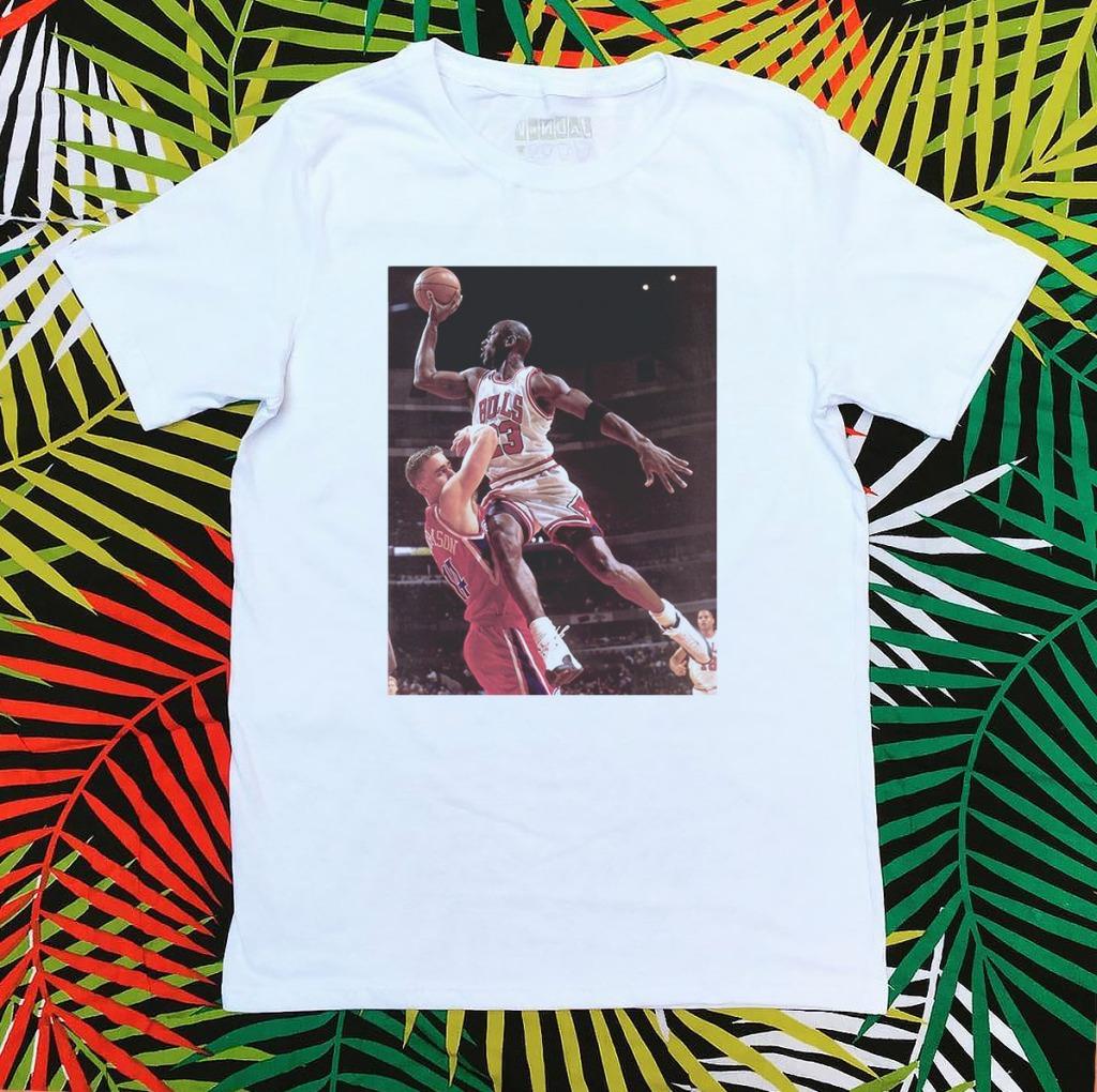 Camiseta Michael Jordan arremesso