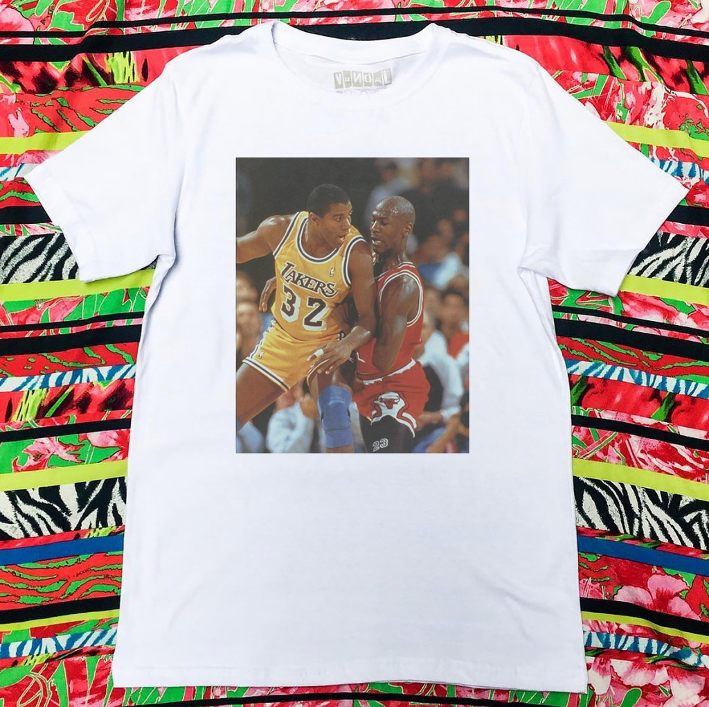Camiseta Michael Jordan e Magic Johnson