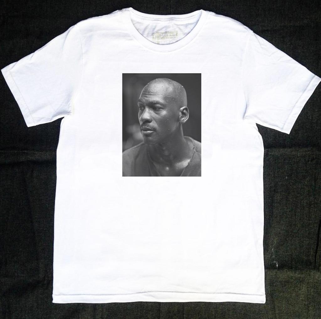 Camiseta Michael Jordan sereno
