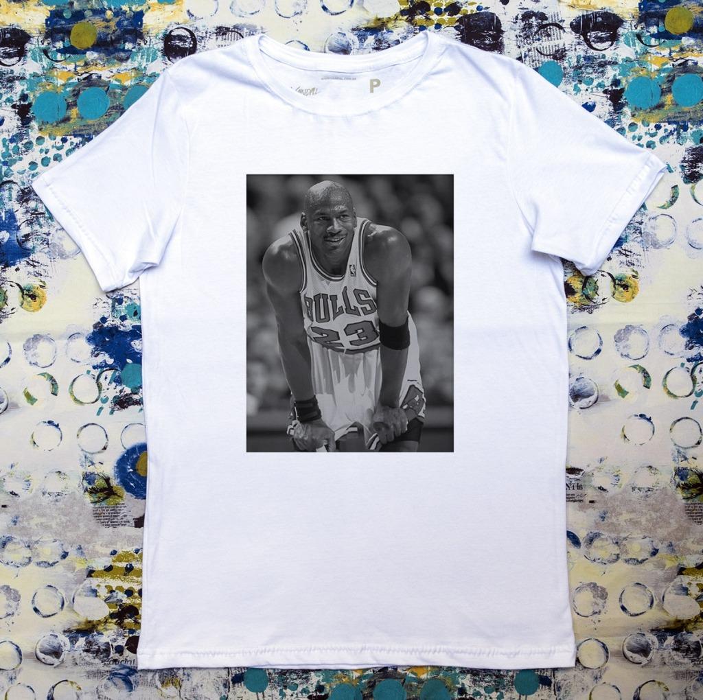 Camiseta Michael Jordan sorrindo