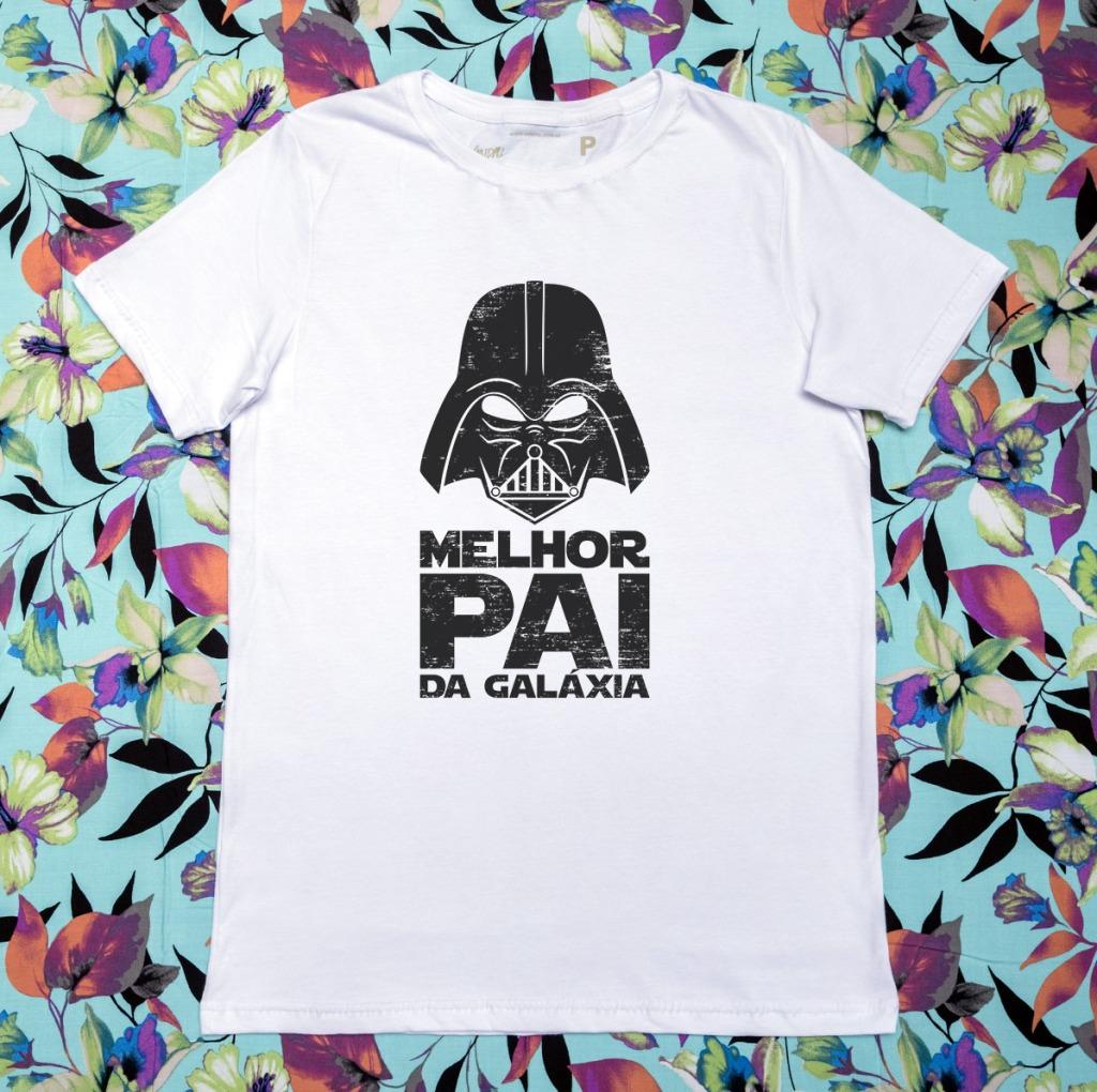 Camiseta com estampa com a frase melhor pai da galaxia